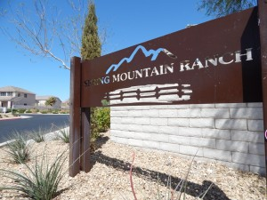 Spring Mountain Ranch 8912 Saw Horse Team Carver 27